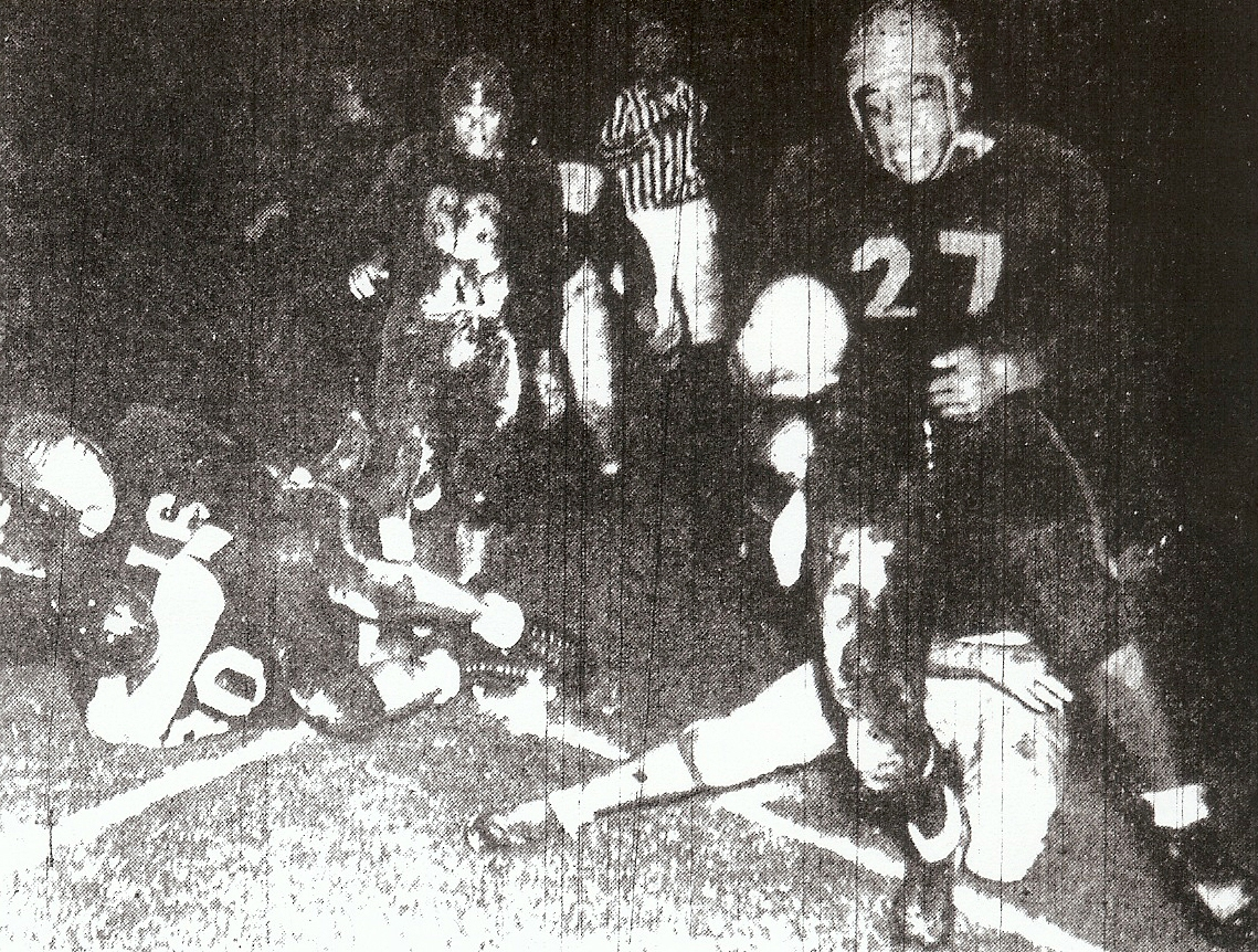 Randy Epps scored touchdown for La Jolla in one of the season-opening carnivals.